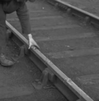 Detonator-placing on the railway